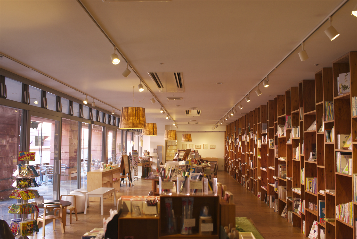 リゾナーレ八ヶ岳・BOOKS&CAFE